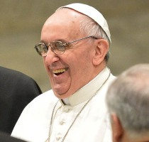 pope%20francis%20laughing